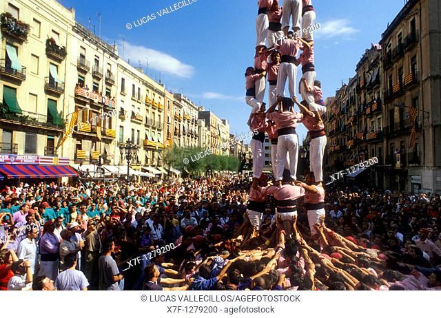 Xiquets de Tarragona 'Castellers' building human tower, a Catalan tradition Diada de Santa Tecla  Plaça de la Font Tarragona,Castellers, Spain