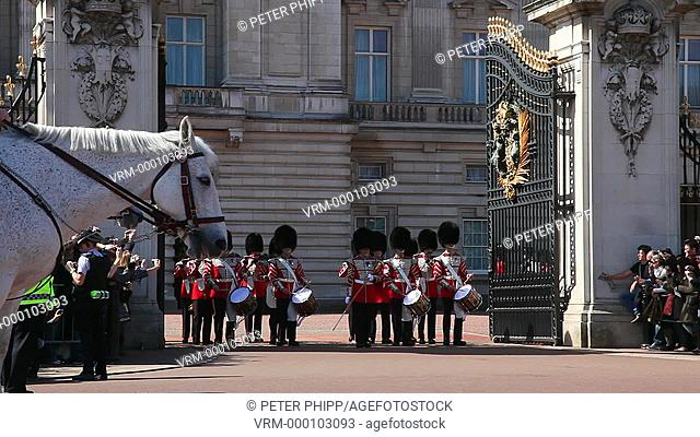 Grenadier Guards at Buckingham Palace in London