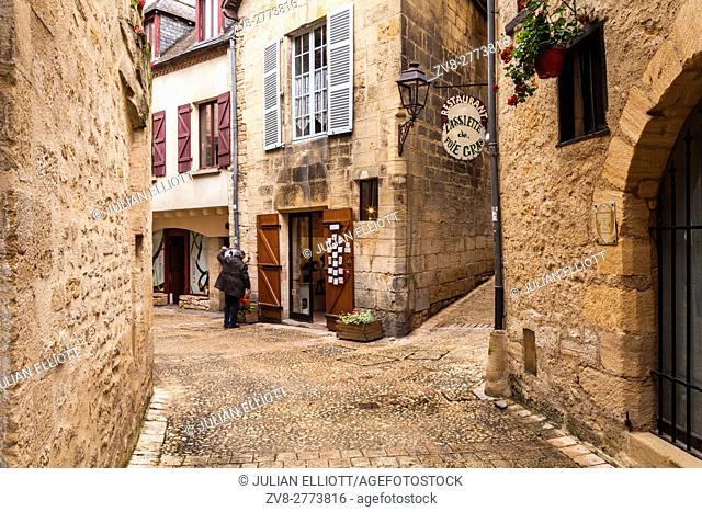 A backstreet in Sarlat la Caneda in the Dordogne area of France