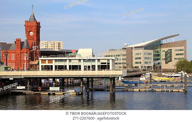 UK, Wales, Cardiff, Bay, skyline, boats,