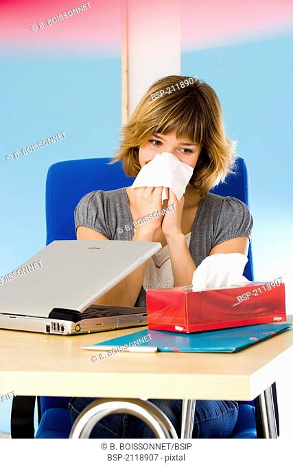 WOMAN WITH RHINITIS Model
