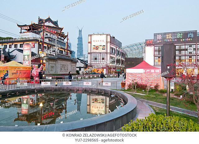 Yu Fashion Garden shopping mall at Yuyuan Tourist Mart (also called YuYuan Market) near Yuyuan Garden in Old City of Shanghai area, China