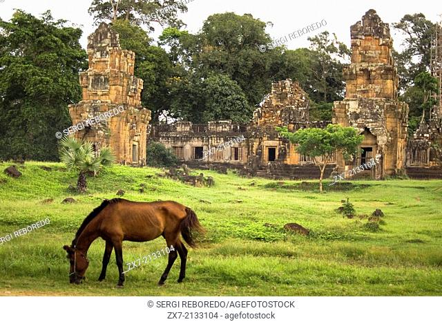 Temples of Prasat Kleangs & Prasat Suor Prat. Angkor Thom. The Kleangs are two groups of buildings which at one time have been palaces