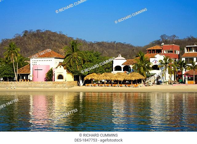 Santa Cruz Beach, Huatulco, Oaxaca State, Mexico, Waterfront cafe on beach