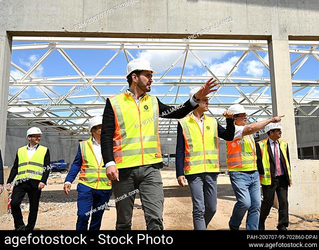 07 July 2020, Hessen, Frankfurt/Main: DFB, Construction Site Tour Academy with Secretary General Friedrich Curtius and Oliver Bierhoff, Photo: Arne Dedert/dpa
