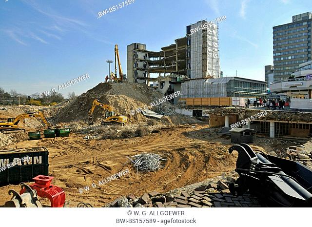 construction side of new buying centre (Rathaus-Galerie), Germany, North Rhine-Westphalia, Leverkusen