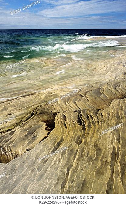 Fossil beach along Lake Superior shore, Pictured Rocks National Lakeshore, Michigan, USA