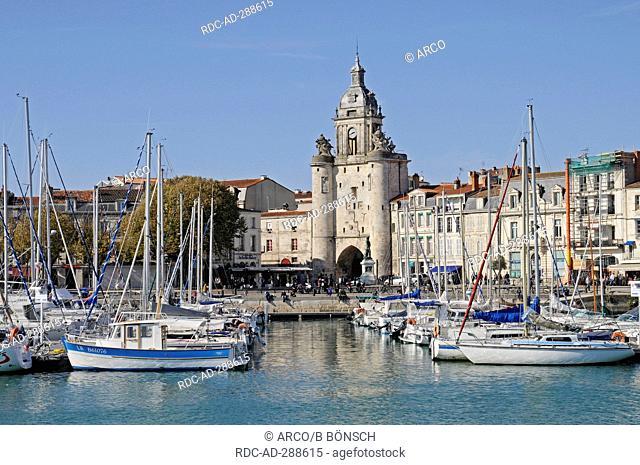 City gate, Porte de la Grosse Horloge, lakeside promenade, harbour, La Rochelle, Charente-Maritime, Poitou-Charentes, France