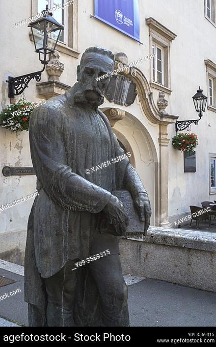 Statue of Juraj Julije Klović, Zagreb, Croatia