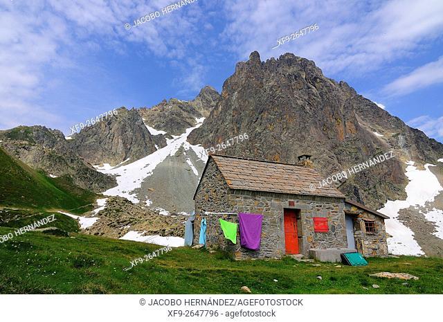 Midi d'Ossau peak and Pombie refuge.Pirineos Mountains.France