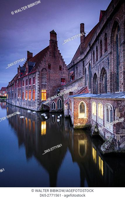Belgium, Bruges, canalside buildings, dawn