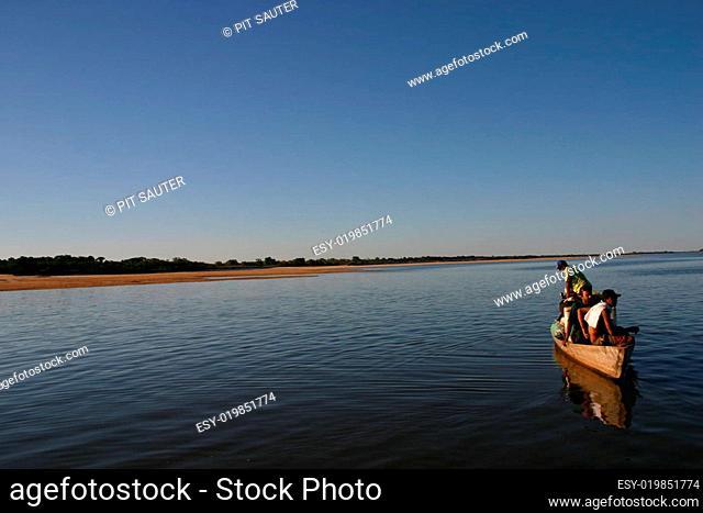 Fischerboot am Amazonas