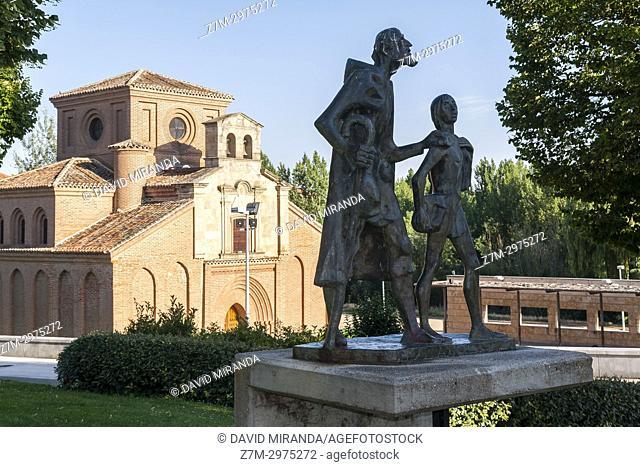 Estatua del Lazarillo de Tormes e Iglesia de Santiago del Arrabal. Salamanca. Ciudad Patrimonio de la Humanidad. Castilla León. España