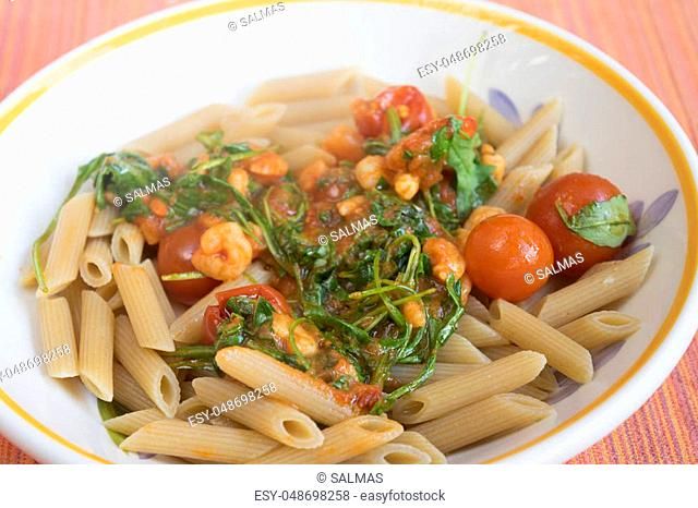 pennette with shrimps arugula and cherry tomatoes