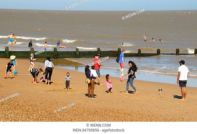 The british heatwave continues and brings the visitors to the traditional seaside resort of Frinton-on-Sea, Essex Featuring: Atmosphere Where: Frinton On Sea