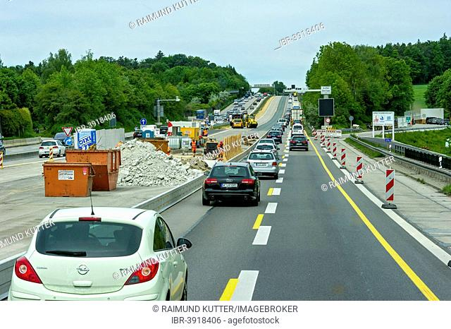 Road narrowing at a road works, A9 motorway near Paunzhausen, Upper Bavaria, Bavaria, Germany