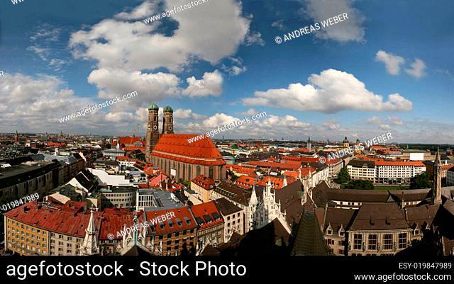 Panorama München mit Frauenkirche