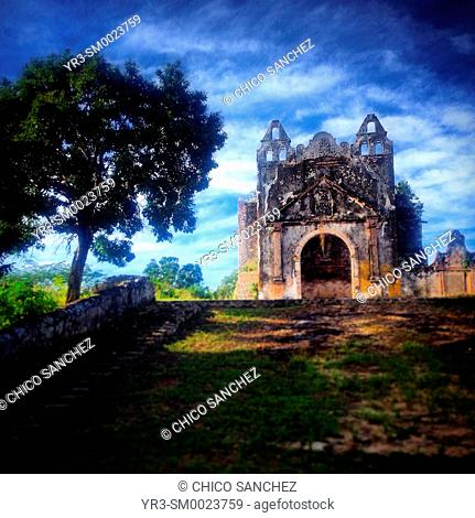 An abandoned church during the Mayan Guerra de Castas war in Hacienda Blanca Flor hotel in Hecelchakan, Campeche, Yucatan Peninsula, Mexico