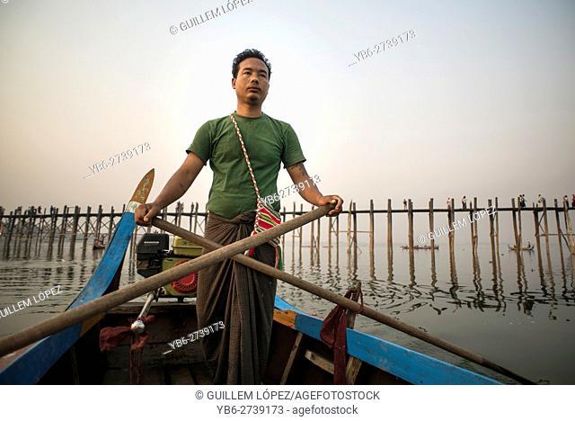 A boatman at the Taungthaman Lake, Amarapura, Myanmar