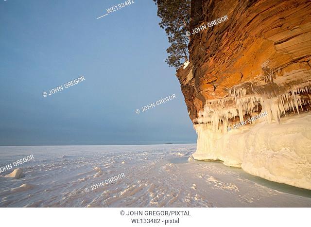 Rock Cliff, Cornucopia, Wisconsin, Lake Superior
