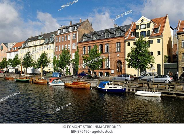 Boats on Christianshavn Canal, Copenhagen, Denmark, Scandinavia, Europe