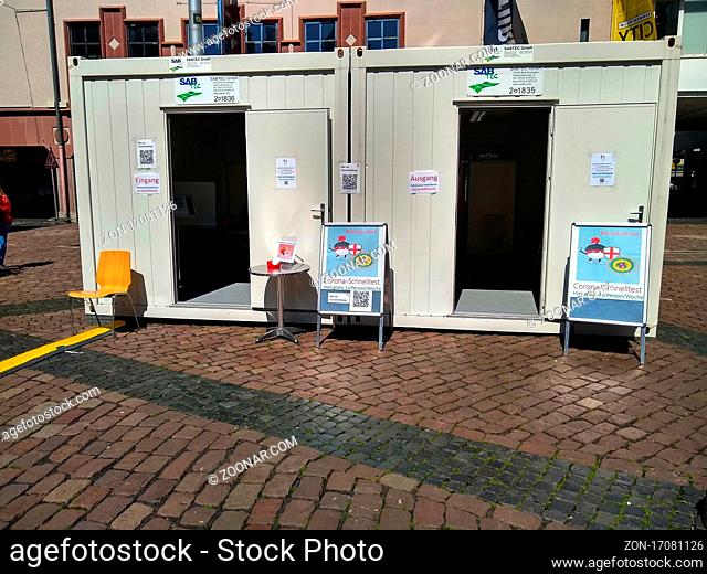 Container am Kartoffelmarkt Freiburg stehen für die Schnelltests in der Innenstadt bereit  Themenbild Medizin - Coronavirus