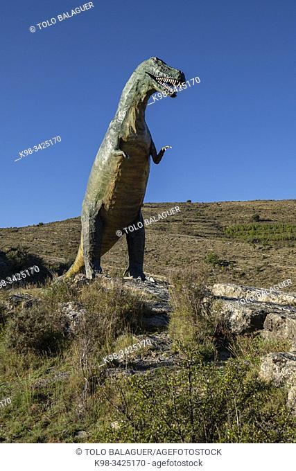 Tarbosaurio, Tarbosaurus bataar, reproduccion a tamaño natural, yacimiento de Valdecevillo, Enciso, La Rioja , Spain, Europe