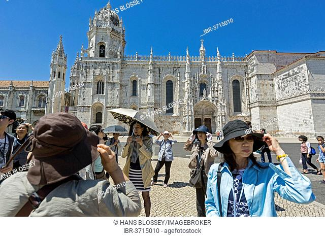 Japanese tourists in front of the Mosteiro dos Jerónimos, Jeronimos Monastery, UNESCO World Cultural Heritage Site, Belém, Lisbon, Lisbon District, Portugal
