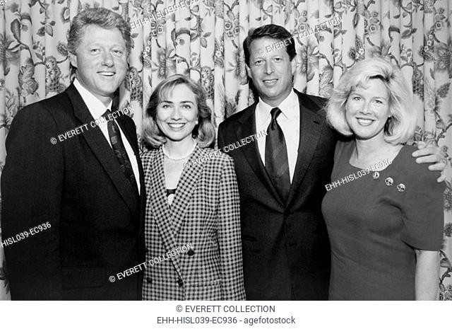 1992 Democratic nominees for President and Vice President with their wives. L-R: Future President Bill and Hillary Clinton; Future Vice-President Albert Gore