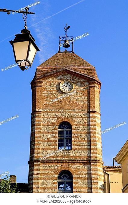 France, Tarn et Garonne, Auvillar, labelled Les Plus Beaux Villages de France The Most Beautiful Villages of France, Tour de l'Horloge