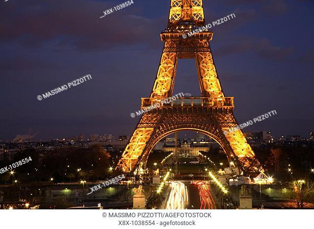 Eiffel Tower at dusk, Paris, France
