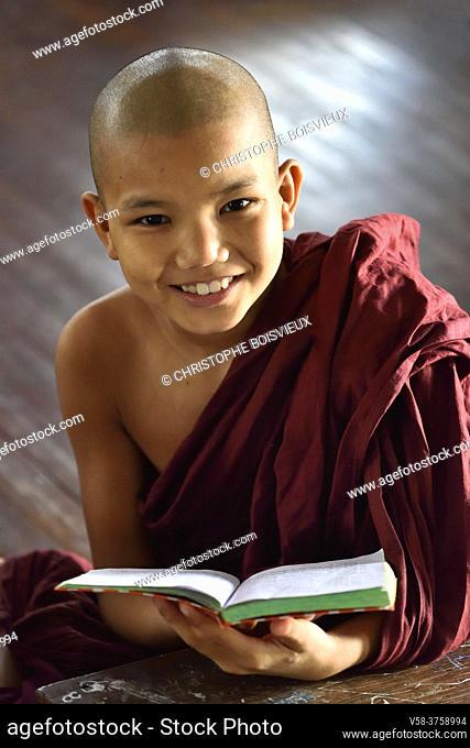 Myanmar, Bago (Pegu), Samane Kyaw monastery, Study time