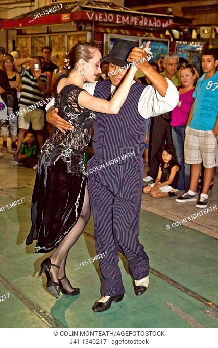Tango dancers, street performers, Buenos Aires, Argentina