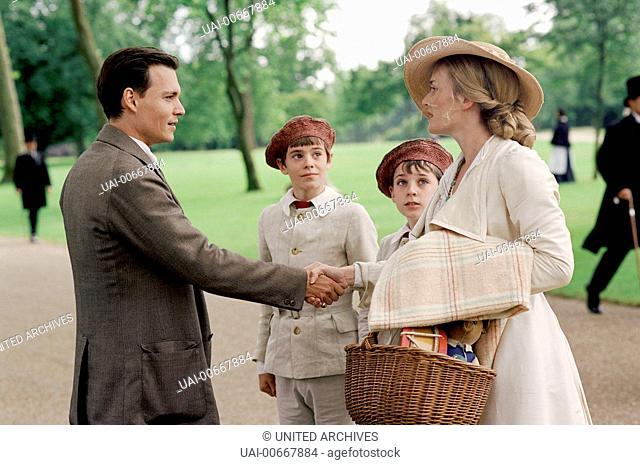 WENN TRÄUME FLIEGEN LERNEN Finding Neverland UK/USA 2004 Marc Forster J.M. Barrie (JOHNNY DEPP) lernt Sylvia Llewelyn Davies (KATE WINSLET) und zwei ihrer Söhne...