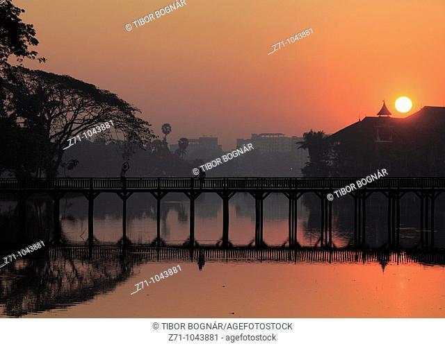 Myanmar, Burma, Yangon, Rangoon, Kandawgyi Lake