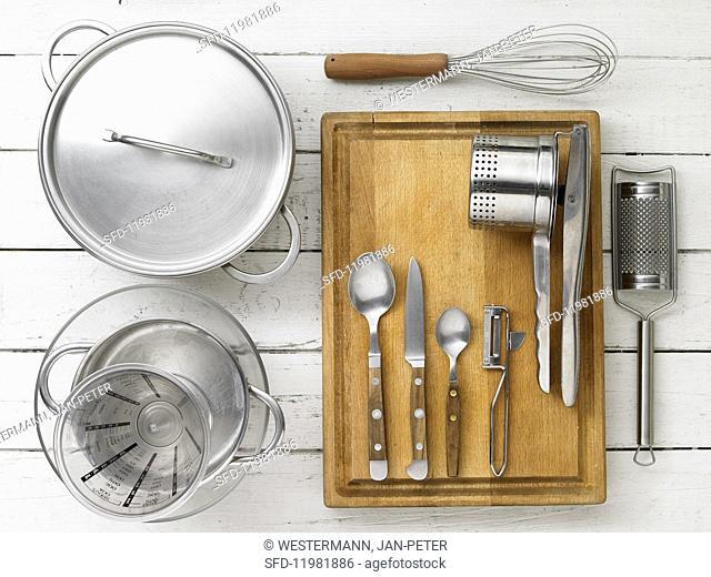 Kitchen utensils for making mashed potatoes