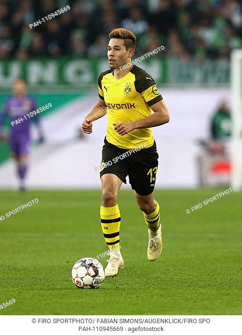 firo: 03.11.2018 Football, 1. Bundesliga, season 2018/2019 VFL Wolfsburg - BVB Borussia Dortmund 09 (0-1) BVB, single action