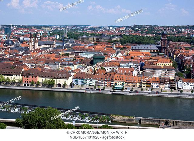 Wuerzburg, in the back the Residence Palace, Franconia, Bavaria, Germany, Europe