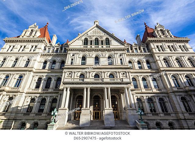 USA, New York, Hudson Valley, Albany, New York State Capitol Building, exterior