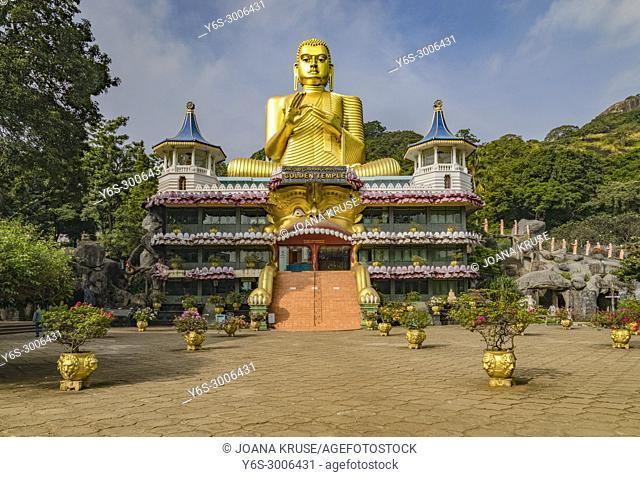 Dambulla cave temple, Matale, Central Province, Sri Lanka, Asia