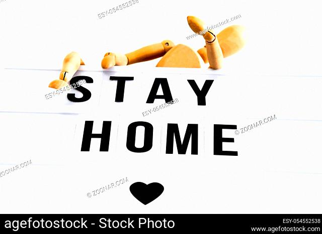 Light Box mit Schriftzug Stay Home und Holzfigur-light box with lettering stay home and wooden figure