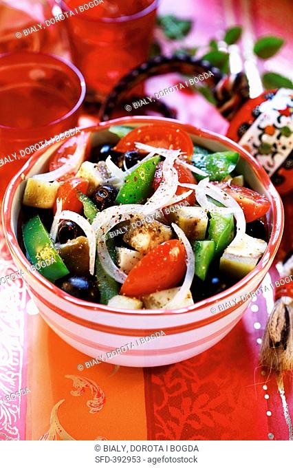 Salad of aubergines, peppers and olives