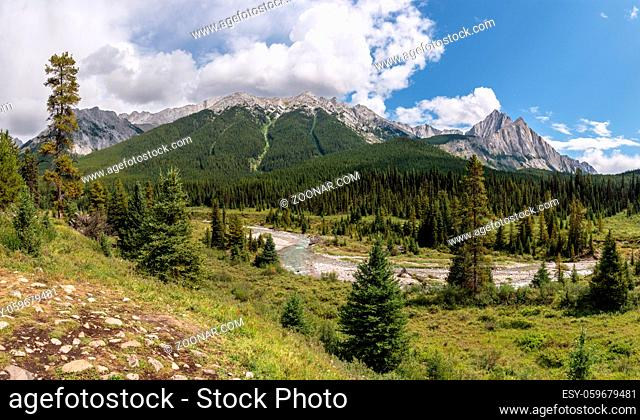 Landscape close to Bow Valley Parkway, Banff National Park, Alberta, Canada