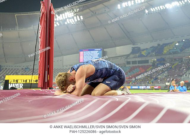 Kevin MAYER (FRA) has to stop injured sitting on the mat, cries, tears, pole vault Decathlon of the men, on 03.10.2019 World Athletics Championships 2019 in...