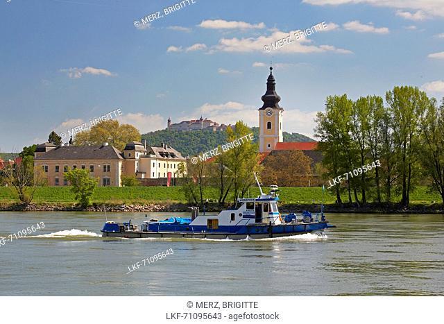 Mautern and Stift G÷ttweig near Krems , Wachau , River Danube , Nieder÷sterreich , Lower Austria , Austria , Europe