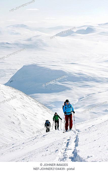 People skiing