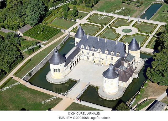 France, Cote d'Or, Bussy le Grand, Chateau de Bussy Rabutin (aerial view)