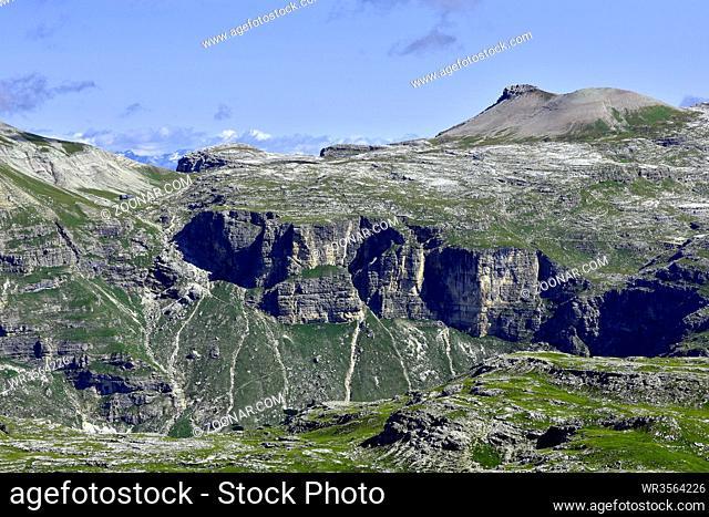 Puezgruppe; Blick auf Muntejela de Puez; Puezhuette; Dolomiten; Suedtirol; Italien; Dolomite alps; South Tyrol; Italy;