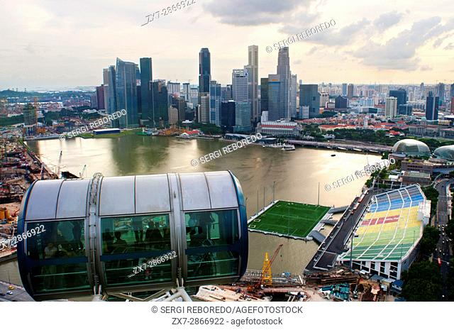 Singapore flyer, views from iniside largest Ferries wheel in the world