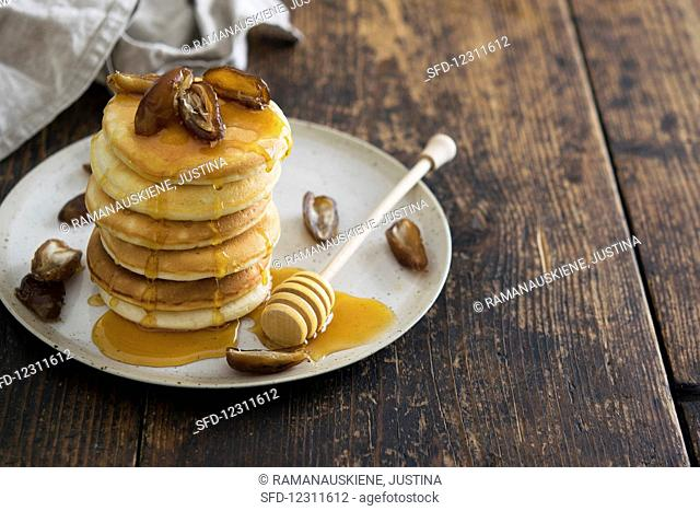 Pancakes with Honey and Dates